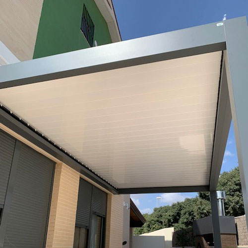 orenga-finestres-pergola-bio-blanca-bioclimatica